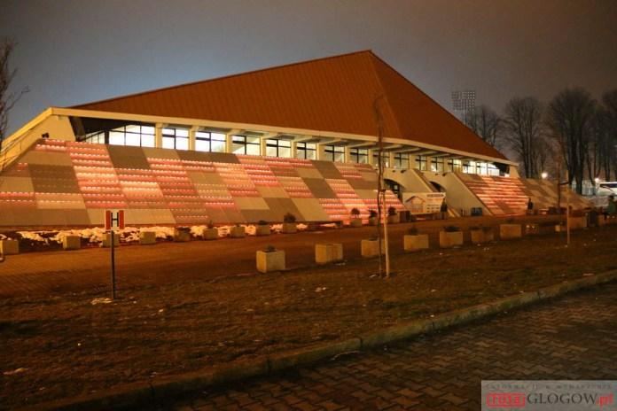 2.03.2016 r. Głogów, pierwsza iluminacja hali sportowej