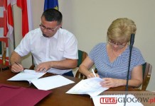 2016.07.21. Grochowice, podpisanie umowy ws. dofinansowania remontu sali wiejkskiej