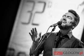 2016-11-02-32-gsj-zaduszki-jazzowe-tribute-to-a-zaucha-kuba-badach-mok-glogow-fot-motzart-09