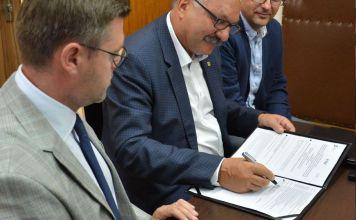 Miedziak.info.pl Blisko 60 mln dotacji na rozwój opieki onkologicznej na Dolnym Śląsku Przybylski Michalak