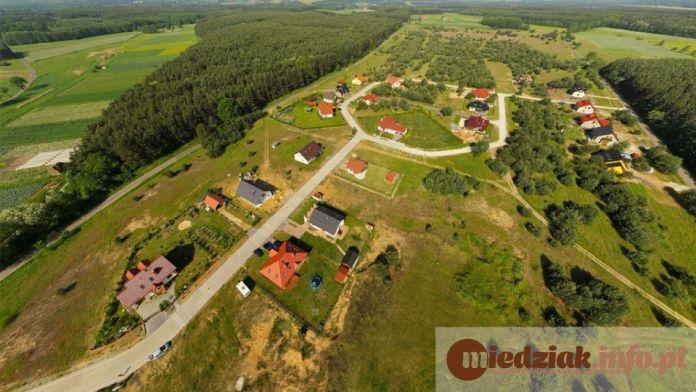Miedziak.info.pl Powiat Lubiński Gmina Rudna - widok z lotu ptaka domy obszar wiejski