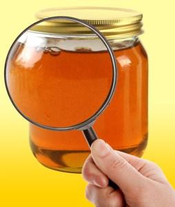 Miel es cruda