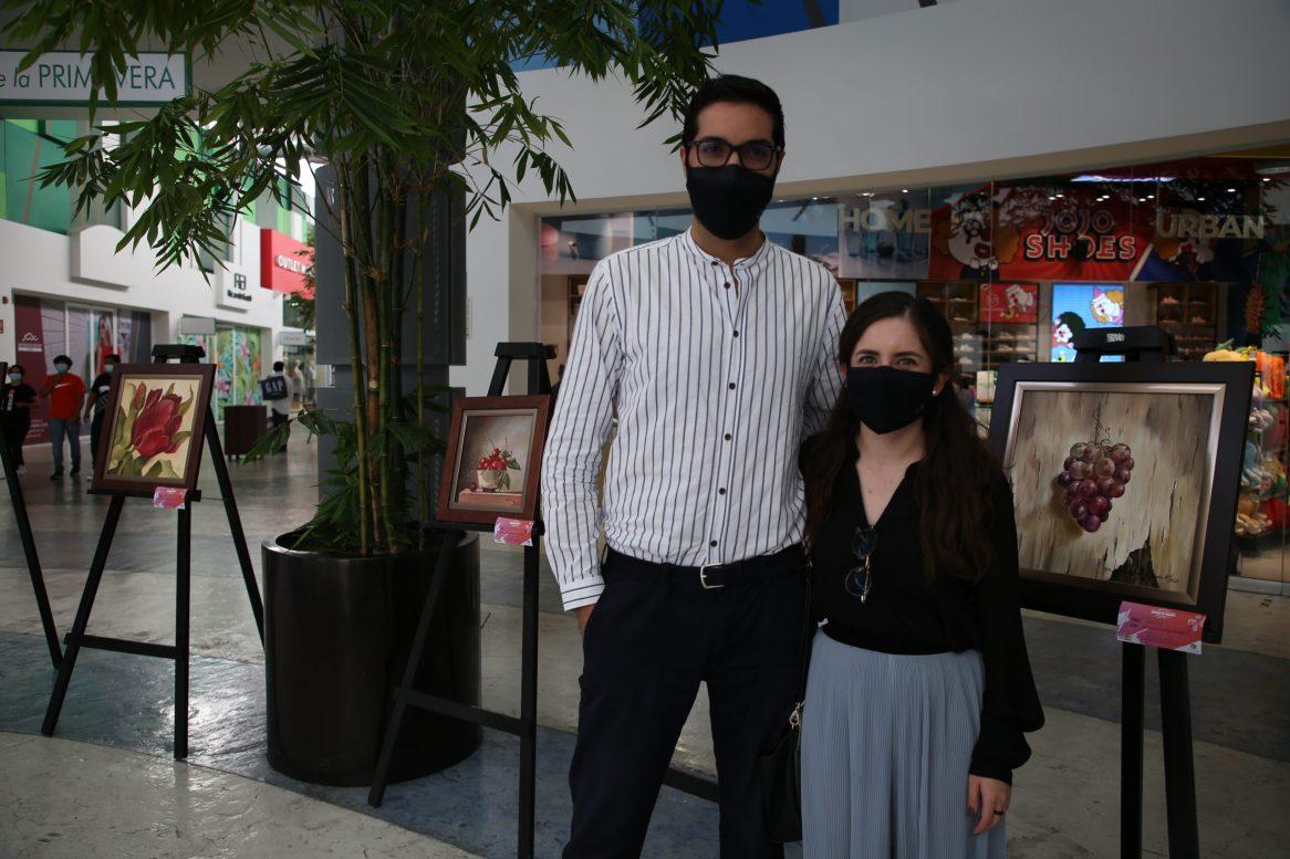 Víctor Esquivel y Paulina Gutierrez