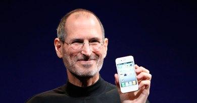 Escape Digital-Steve-Jobs-no-invento-el-iPhone-según-demanda