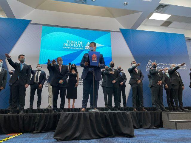 Alfredo Padilla, toma protesta como presidente de CICEG
