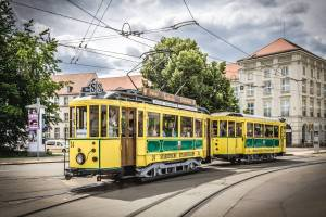 Tesla mieten Cottbus Tram