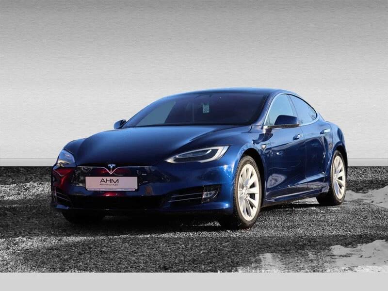 Tesla Model S mieten in Freising vorne