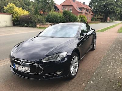 Tesla Model S 85 mieten Hannover front