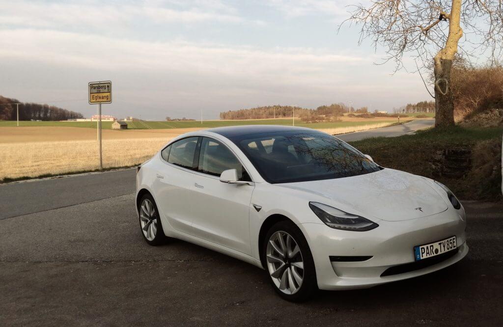 Tesla Model 3 mieten in Parsberg