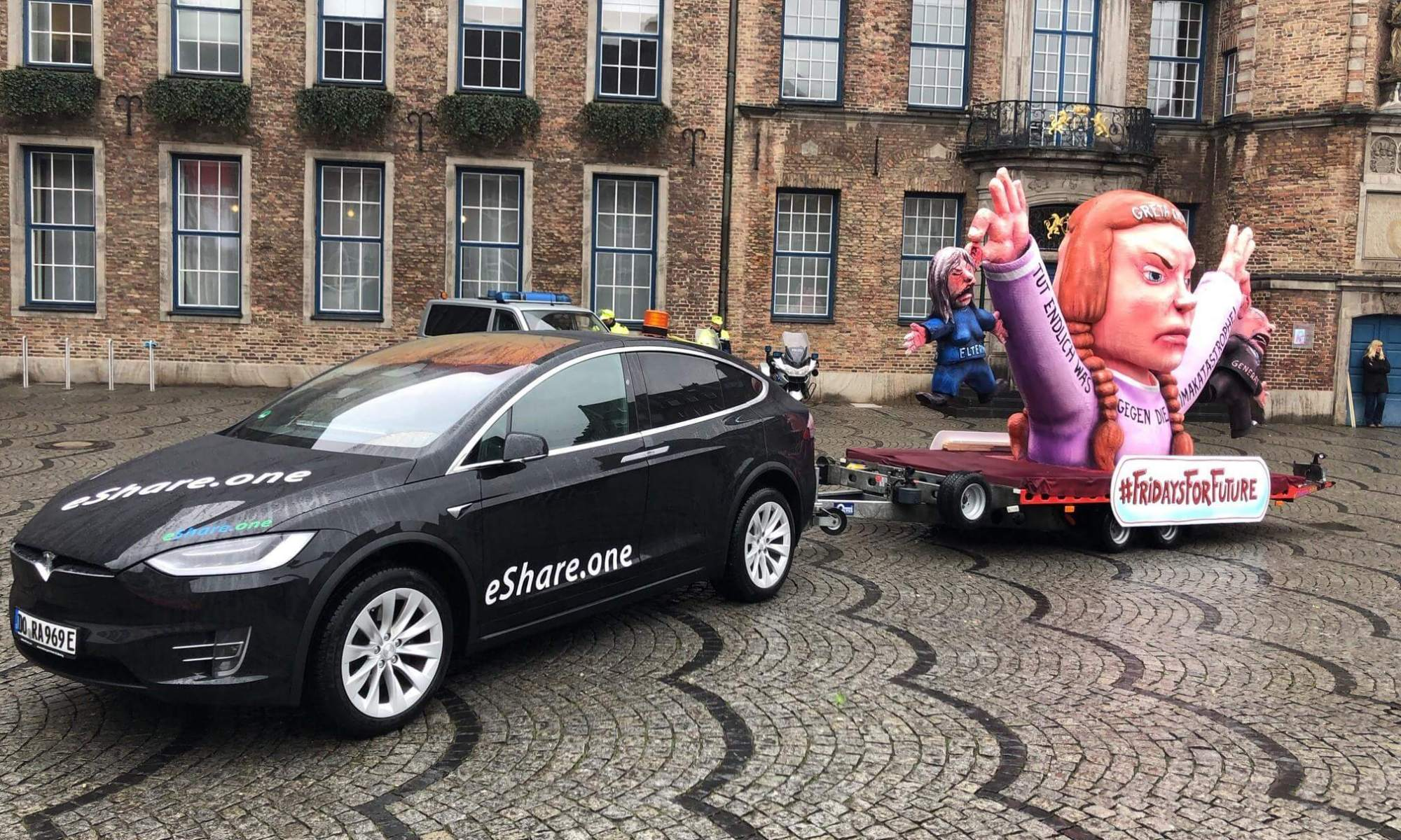 Tesla Model X mieten in Dortmund