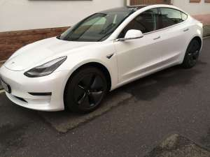 Tesla Model 3 mieten in Heidelberg