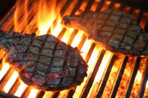 viande trop cuite au barbecue