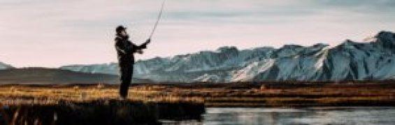 pêcheur montagne lac