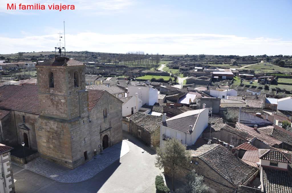 Iglesia de Santiago Apóstol desde el mirador de las almenaras