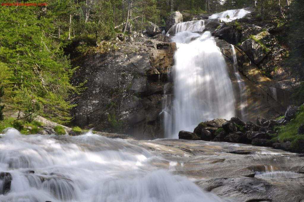 Saltos de agua del río Marcadau