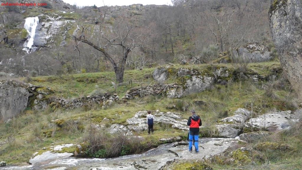 Inmediaciones de la cascada