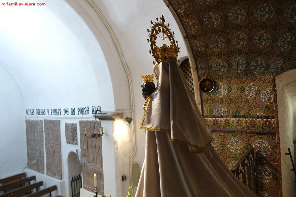 Virgen de Nuestra Señora de la Peña de Francia
