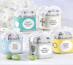 Lata personalizada llena de dulces. Fuente: kateaspen.com