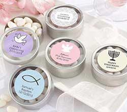 Mini-latas circulares personalizadas con mentas. Fuente: kateaspen.com