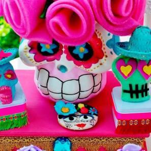 frida-kahlo-day-of-the-dead-inspired-fiesta-via-karas-party-ideas-karaspartyideas-com3_