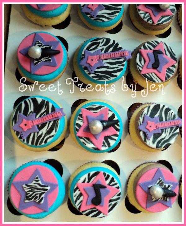 http://sweetsbyjen.blogspot.com/2011/03/fabulous-cakes-for-fabulous-ladies.html