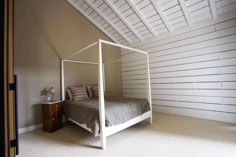 Plafond Lambris Blanc. Comely Chambre Lambris Mural Id Es De Design ...