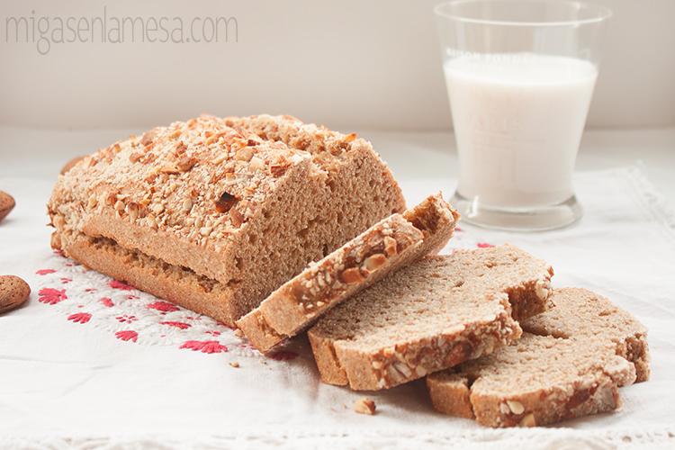 Pan sandwich leche almendra 6