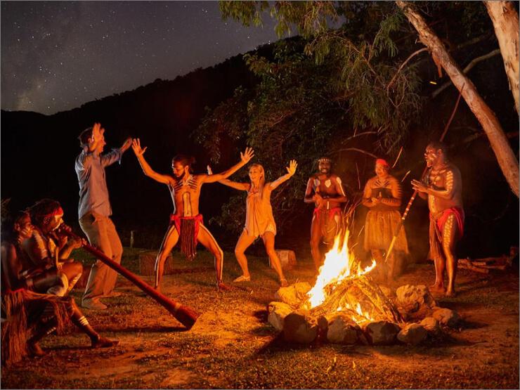 アボリジニ文化体験ができるジャプカイバイデイ・バイナイト【ケアンズツアーのことならジェイさんツアー】