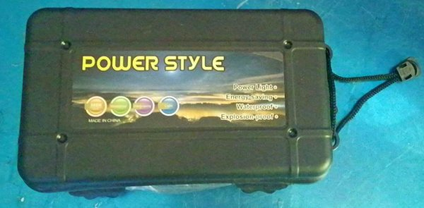 The storage case supplied with this torch kit.