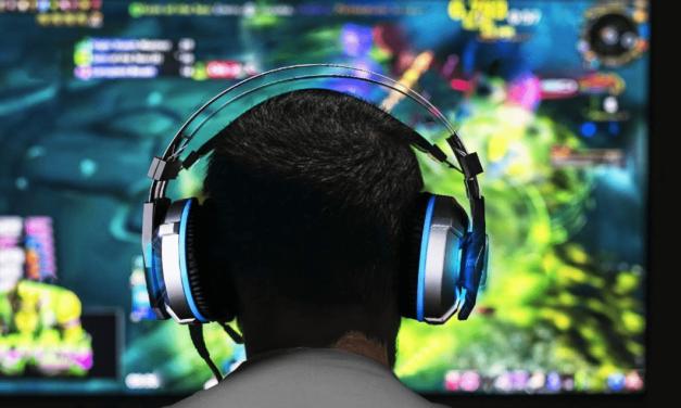 Black Friday Deals: EKSA Gaming Headset and USB C Hub 10-IN-1