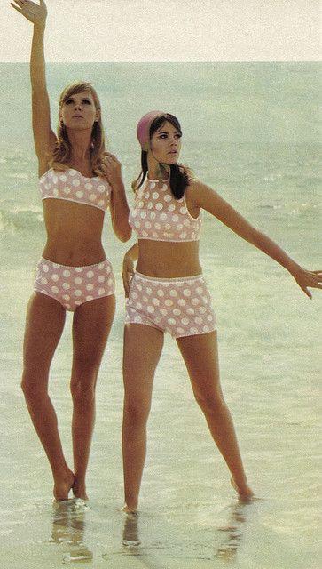 costumi da bagno anni 70