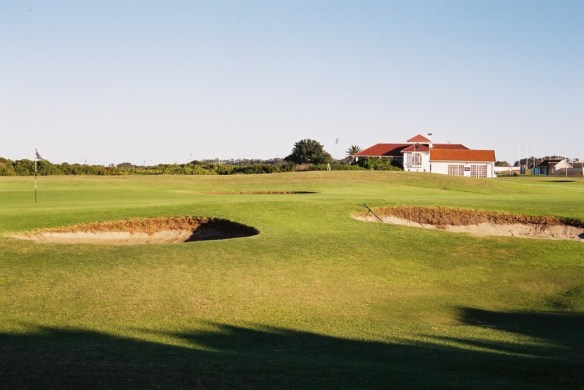 Humewood GC Club house and 2nd green