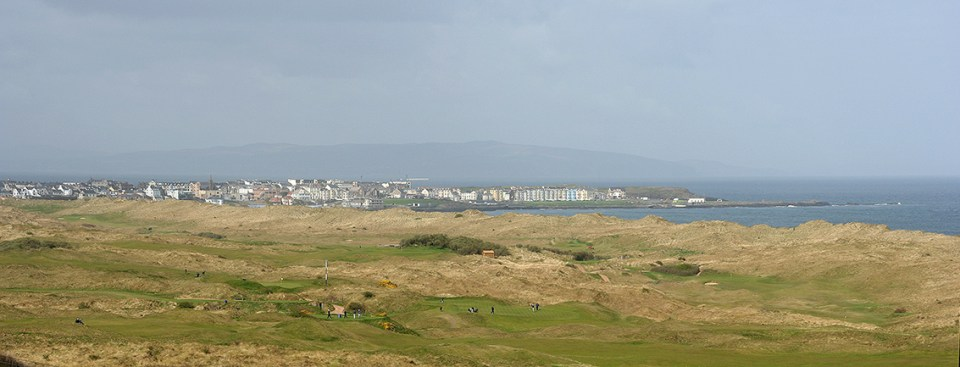 Ocean, sky, dunes, fairways and greens ... with the mountains and Portrush town as a backdrop. That is the true beauty of Royal Portrush Golf Club.