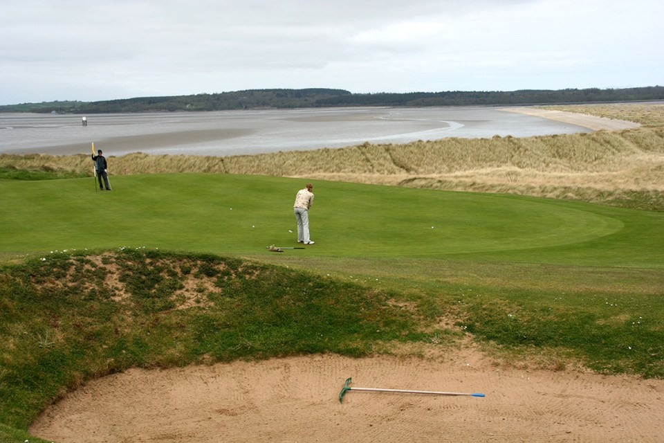 The wind is always a factor at Rosses Point. Even more so on the greens close to the sea, like here on hole 12 at the far end of the course.