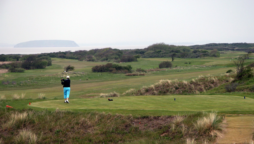 The classic links of Burnham & Berrow was orginally laid out by the pro at Royal North Devon, Charles Gibson, as a nine hole course in 1891. It's later extended to 18 holes, and is astonishly hilly and fun course to play. Here hole 5.  (Photo: The Migrant Golfer)