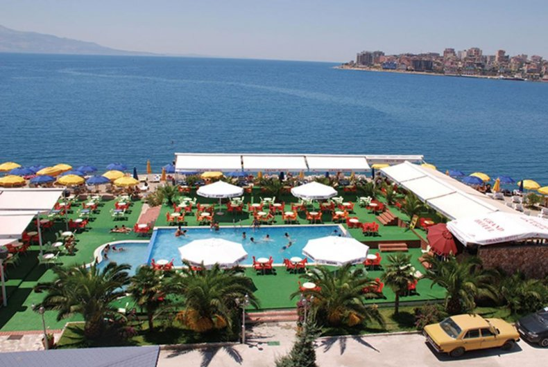 Read more about the article GRAND HOTEL SARANDA 4*
