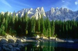 Lago di Carezza, Lätemar gruppe