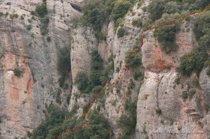 Le tracé du Paso de la Viñeta (impressionnant vu d'en face)