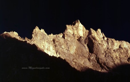 Petit Gabizo, face ouest, 1989