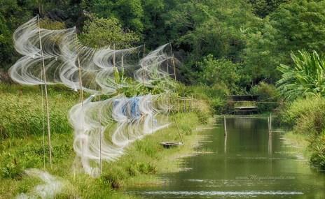 Filets de pêche dans l'Ile de Cat Ba, dans la Baie d'Halong