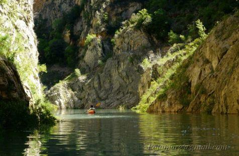 Traversée du Congost de Mont-rebei en 2010 (niveau de l'eau : 482m). On atteint la sortie nord de justesse.