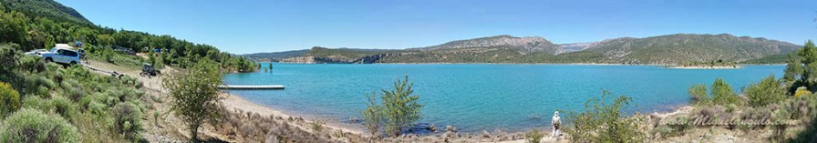 Embarcadère de Blancafort en 2015 (cote 498m). Le lac est presque plein (la cote maximale est de 506).