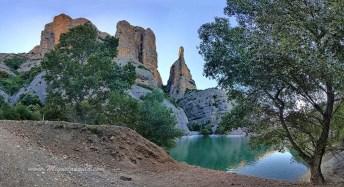 Barrage de Vadiello, Mallos de Ligüerri, aiguille de la Mitra.