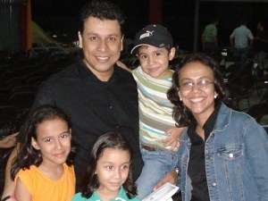 Nelson Cruz y su familia