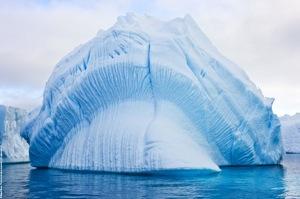 Iceberg © Miguel Ramo