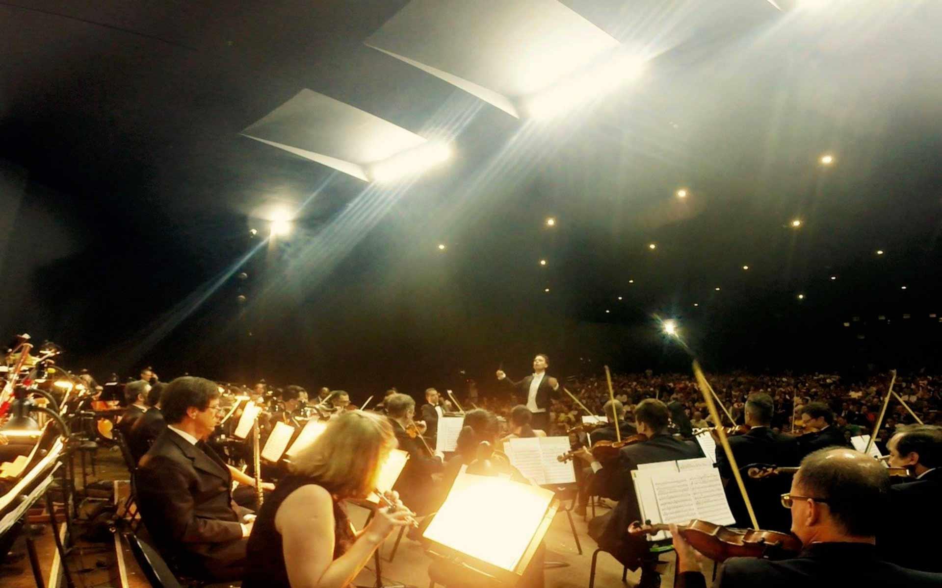 Director mexicano encabezará orquesta en Brasil.