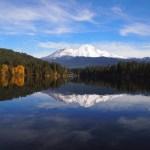 シャスタ山の「水」のおすすめスポット「レイクシスキュー」の行き方