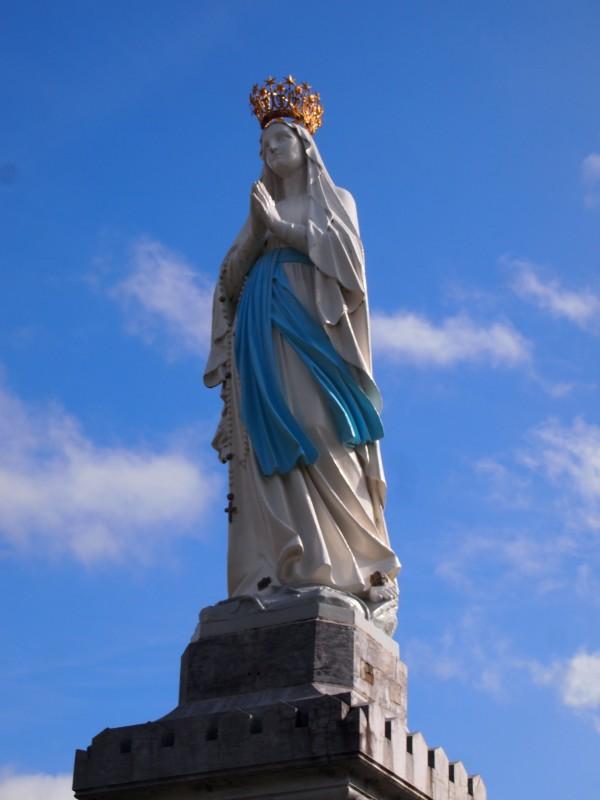 ルルド大聖堂。フランスルルド、マリア様。ルルドのシンボル