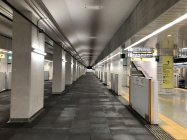 地下を現す「B1F」の「B」の語源は、英語の【basement:地階】
