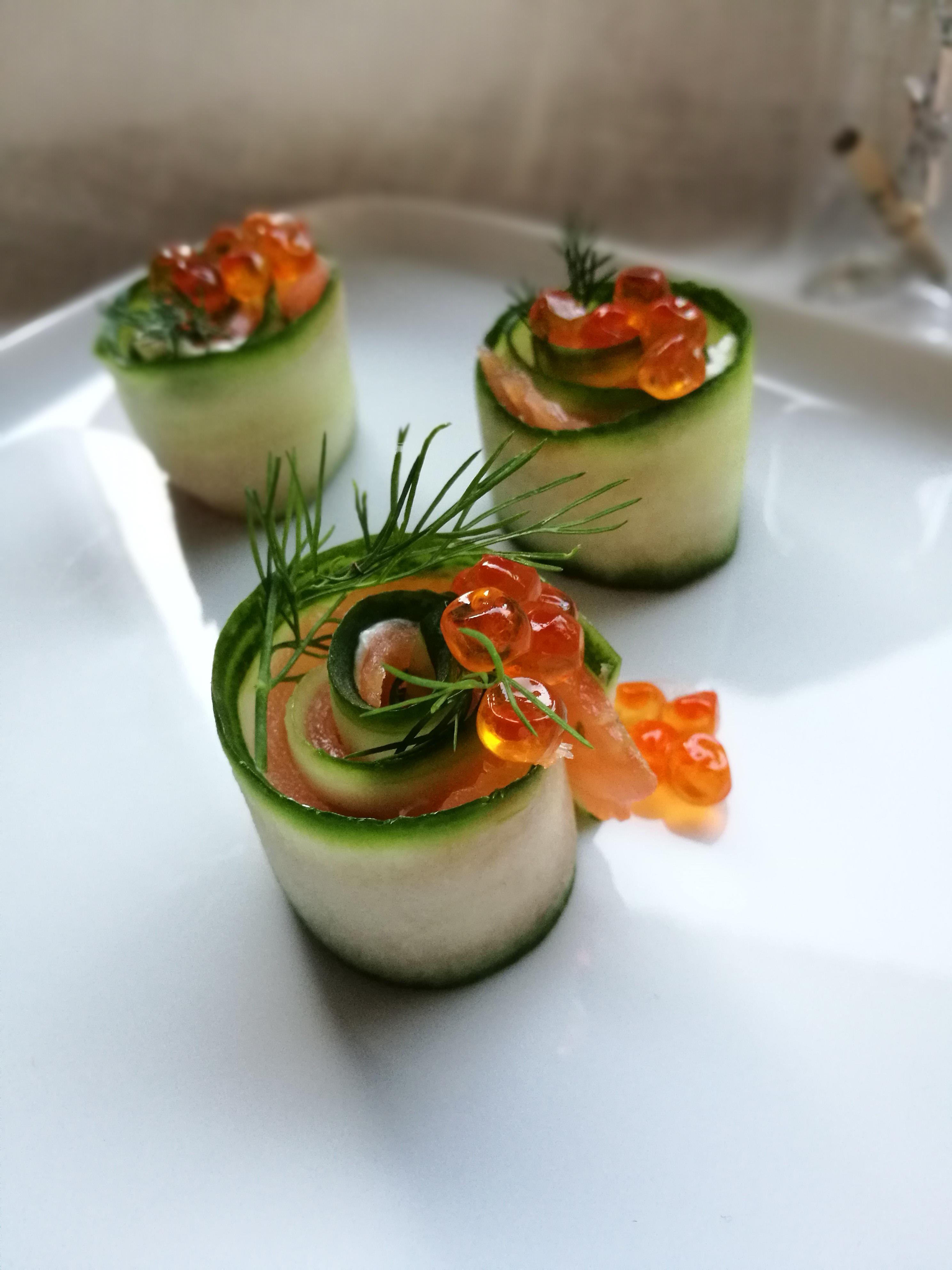 hapjes voor de feestdagen : zalm – avocado – gerookte forelfilet